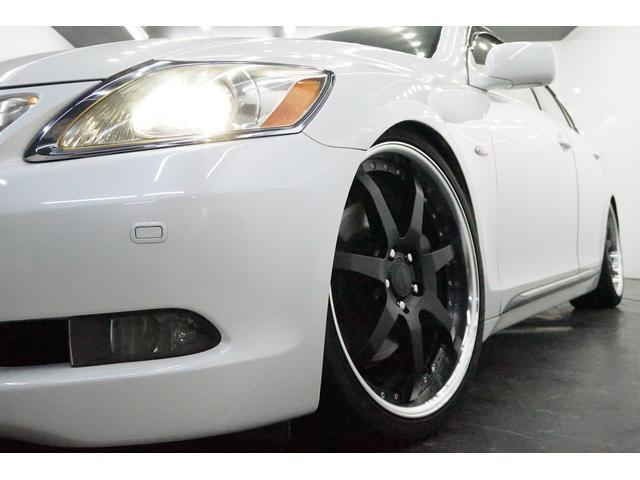 ●な!ん!と!定価362880円の新品WORKバルムンク20インチホイールをインストール☆車体価格に含まれていますので、とても魅力的ですよね☆もちろんタイヤも新品です。