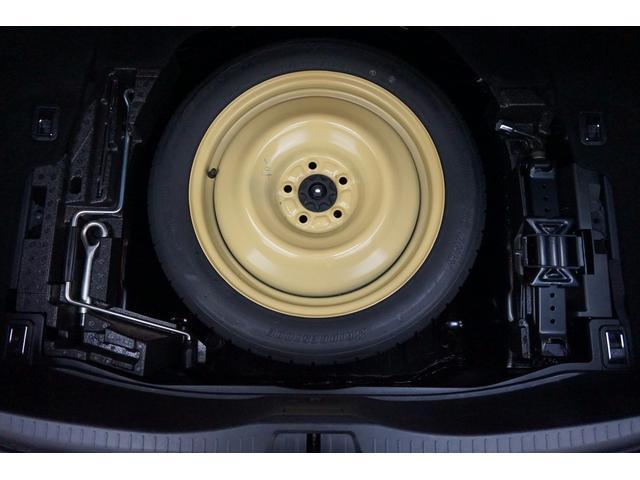 ●現行車では少なくなってきたスペアタイヤも装備☆いざという時にも安心です。