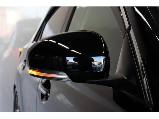 ★今では主流になってきているドアミラーウインカーも、標準装備になっております。視認性も良くおしゃれな装備ですね!!