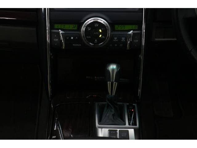 250G リラックスセレクション 新品ヴェルフォール19インチ/TRDフロントスポイラー/モデリスタリアスパッツ/ヘッドライト加工/社外マフラー/カロッツェリアナビ/Bluetooth/クリアランスソナー(24枚目)