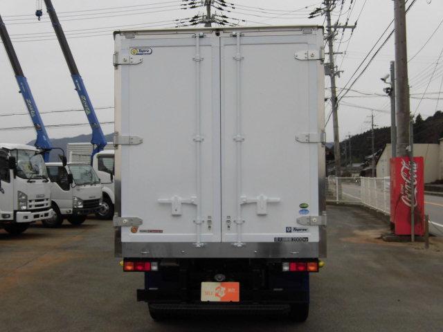 全低床 東プレ製 低温仕様冷凍車(5枚目)