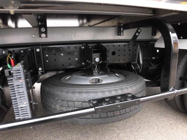 全低床 東プレ製 低温仕様冷凍車(15枚目)