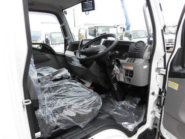 全低床 東プレ製 低温仕様冷凍車(17枚目)