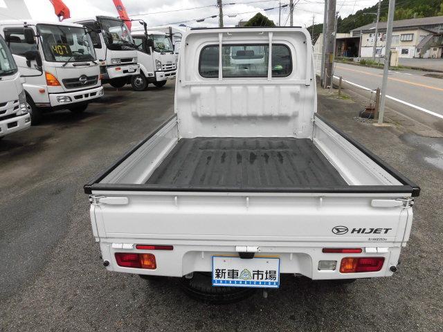 スタンダード 4WD 4AT(6枚目)
