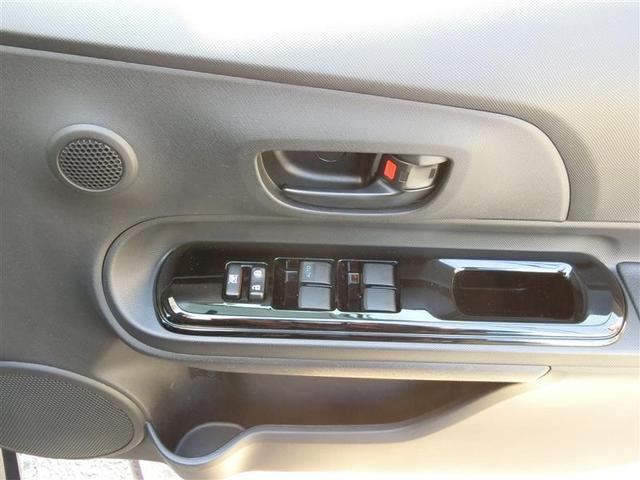 もちろん全席パワーウインドウ装備、運転席はAUTO機能付で便利です☆