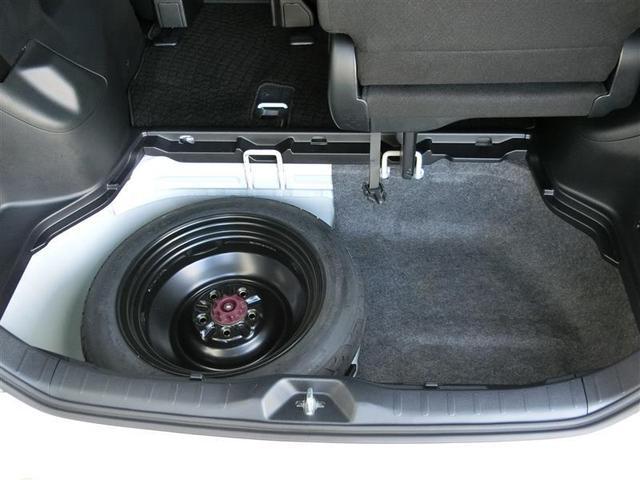 万が一の際にも安心スペアタイヤ装備!安心感が違いますよね☆