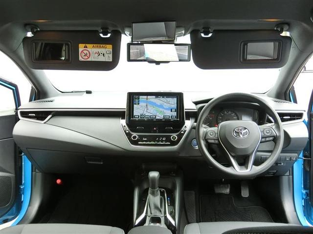 運転席、助手席サンバイザ−には鏡も付いて、あれば大変お役にたちます☆