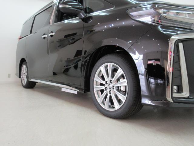 2.5S タイプゴールド 新車 3眼LEDヘッド シーケンシャルウィンカー サンルーフ デジタルインナーミラー BSM ディスプレイオーディオ 両側電動スライド パワーバックドア ハーフレザー オットマン レーントレーシング(26枚目)