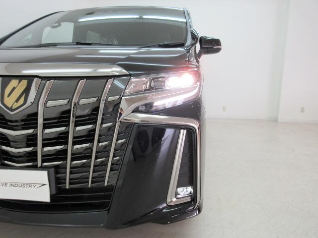2.5S タイプゴールド 新車 3眼LEDヘッドライトシーケンシャルウィンカー ディスプレイオーディオ 両側電動スライド パワーバックドア ハーフレザーシート オットマン レーントレーシング バックカメラ 100Vコンセント(14枚目)