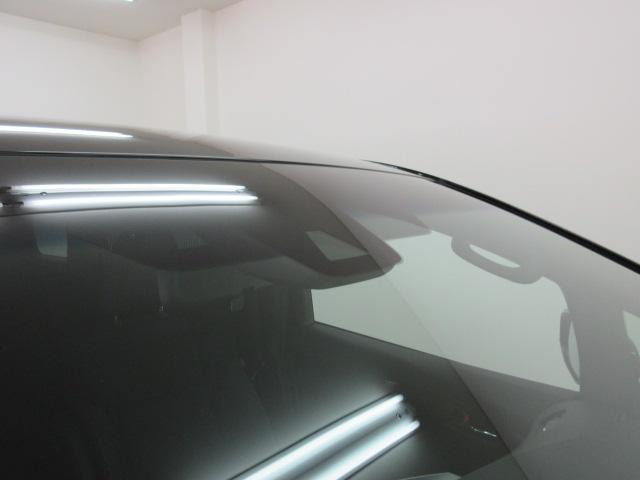 2.5S タイプゴールド 新車 3眼LEDヘッドライトシーケンシャルウィンカー ディスプレイオーディオ 両側電動スライド パワーバックドア ハーフレザーシート オットマン レーントレーシング バックカメラ 100Vコンセント(52枚目)
