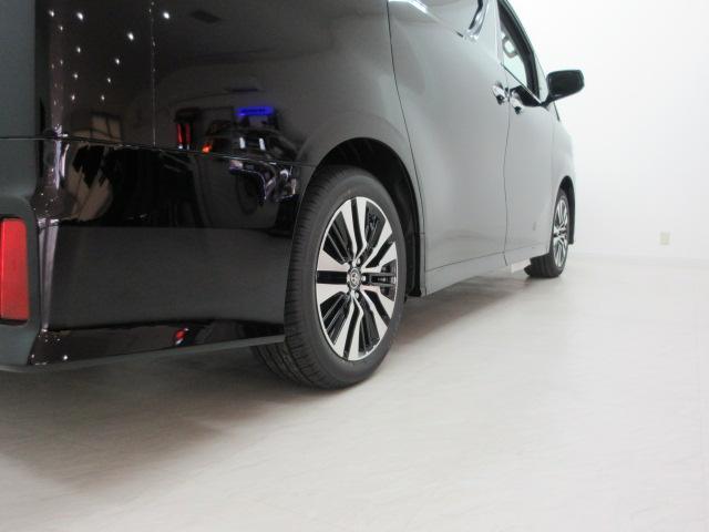 2.5S Cパッケージ 新車 3眼LEDヘッド シーケンシャル サンルーフ フリップダウンモニター ディスプレイオーディオ 両側電動スライド パワーバックドア ブラックレザーシート オットマン レーントレーシング(47枚目)