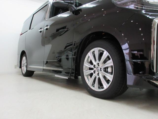 2.5S タイプゴールド 新車 モデリスタエアロ フリップダウンモニター 3眼LEDヘッドシーケンシャルウィンカー ディスプレイオーディオ 両電スラ Pバック ハーフレザー オットマン レーントレーシング 100Vコンセント(26枚目)