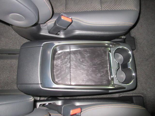 2.5S タイプゴールド 新車 モデリスタエアロ 3眼LEDヘッドシーケンシャルウィンカー ディスプレイオーディオ 両側電動スライド パワーバック ハーフレザー オットマン レーントレーシング Bカメラ 100Vコンセント(68枚目)