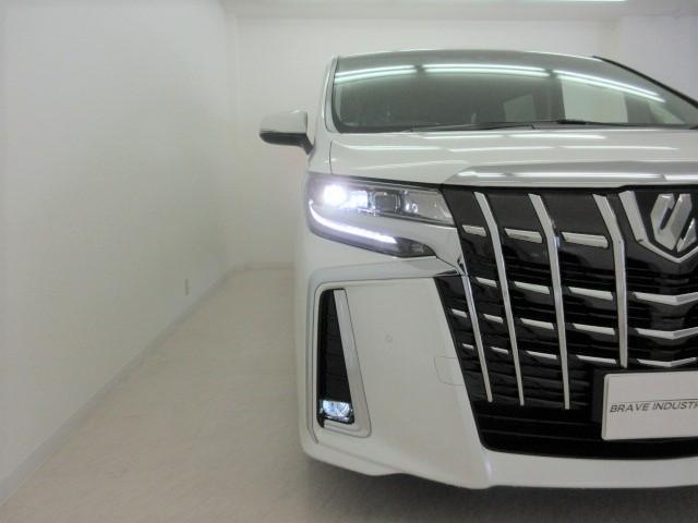 2.5S Cパッケージ 新車 3眼LEDヘッドライト シーケンシャルウィンカー ナビ フリップダウンモニター ディスプレイオーディオ 両側電動スライド パワーバックドア ブラックレザーシート オットマン レーントレーシング(15枚目)