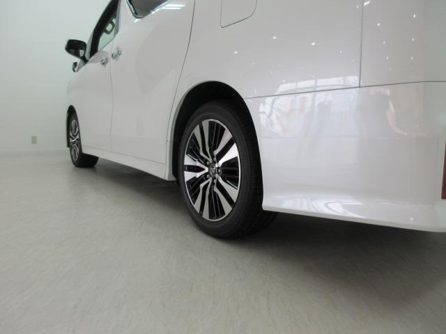 2.5S Cパッケージ 新車 3眼LEDヘッドライト シーケンシャルウィンカー ナビ フリップダウンモニター ディスプレイオーディオ 両側電動スライド パワーバックドア ブラックレザーシート オットマン レーントレーシング(33枚目)