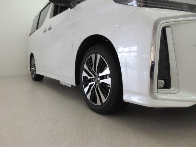 2.5S Cパッケージ 新車 3眼LEDヘッドライト シーケンシャルウィンカー ナビ フリップダウンモニター ディスプレイオーディオ 両側電動スライド パワーバックドア ブラックレザーシート オットマン レーントレーシング(42枚目)