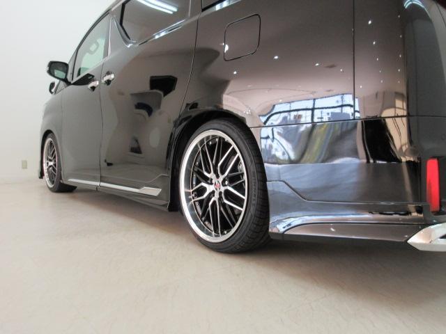 2.5S Cパッケージ 新車 WALDフルコンプリート 車高調 20インチアルミ サンルーフ 3眼LEDヘッド シーケンシャルウィンカー ディスプレイオーディオ 両側電動スライド パワーバック レザーシート 電動オットマン(35枚目)