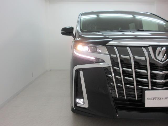 2.5S Cパッケージ 新車 サンルーフ フリップダウンモニター 3眼LEDヘッド シーケンシャル ディスプレイオーディオ 両側電動スライド パワーバックドア ブラックレザーシート オットマン レーントレーシング(15枚目)