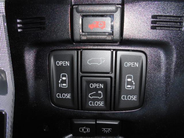 2.5S Cパッケージ 新車 サンルーフ フリップダウンモニター 3眼LEDヘッド シーケンシャル ディスプレイオーディオ 両側電動スライド パワーバックドア ブラックレザーシート オットマン レーントレーシング(64枚目)