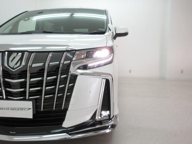 2.5S Cパッケージ 新車 サンルーフ デジタルインナーミラー モデリスタエアロ 3眼LED シーケンシャルウィンカー ブラインドスポットモニター フリップダウンモニター リアクロストラフィック 両側電スラ パワーバック(50枚目)