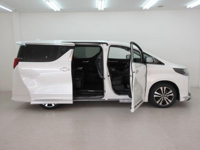 2.5S Cパッケージ 新車 モデリスタフルエアロ サンルーフ フリップダウンモニター 3眼LEDヘッドライト シーケンシャルウィンカー ディスプレイオーディオ 両側電動スライドパワーバックドア レザーシート 電動オットマン(4枚目)