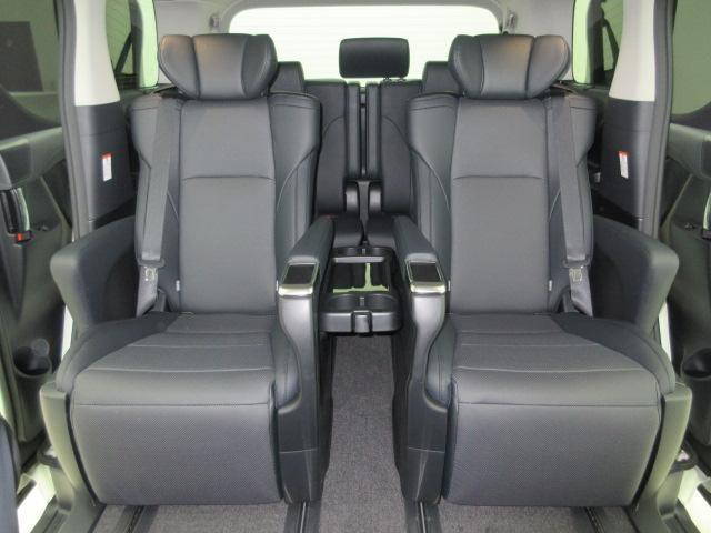 2.5S Cパッケージ 新車 モデリスタフルエアロ サンルーフ フリップダウンモニター 3眼LEDヘッドライト シーケンシャルウィンカー ディスプレイオーディオ 両側電動スライドパワーバックドア レザーシート 電動オットマン(19枚目)