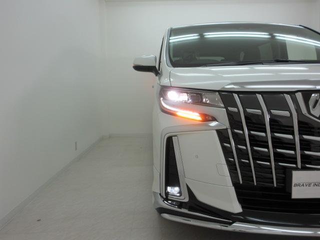 2.5S Cパッケージ 新車 モデリスタフルエアロ サンルーフ フリップダウンモニター 3眼LEDヘッドライト シーケンシャルウィンカー ディスプレイオーディオ 両側電動スライドパワーバックドア レザーシート 電動オットマン(48枚目)
