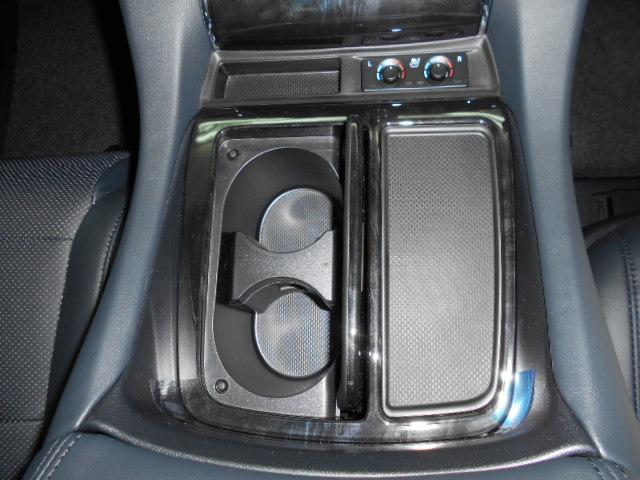 2.5S Cパッケージ 新車 サンルーフ 3眼LEDヘッドライト シーケンシャルウィンカー ディスプレイオーディオ 両側電動スライド パワーバックドア オットマン レーントレーシング レザーシート 電動オットマン Bカメラ(12枚目)