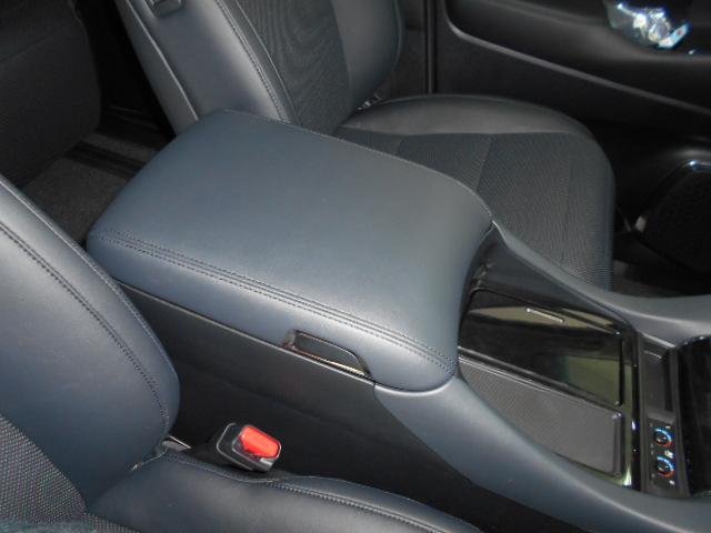 2.5S Cパッケージ 新車 モデリスタフルエアロ サンルーフ フリップダウンモニター 3眼LEDヘッドライト シーケンシャルウィンカー ディスプレイオーディオ 両側電動スライドパワーバックドア レザーシート 電動オットマン(72枚目)