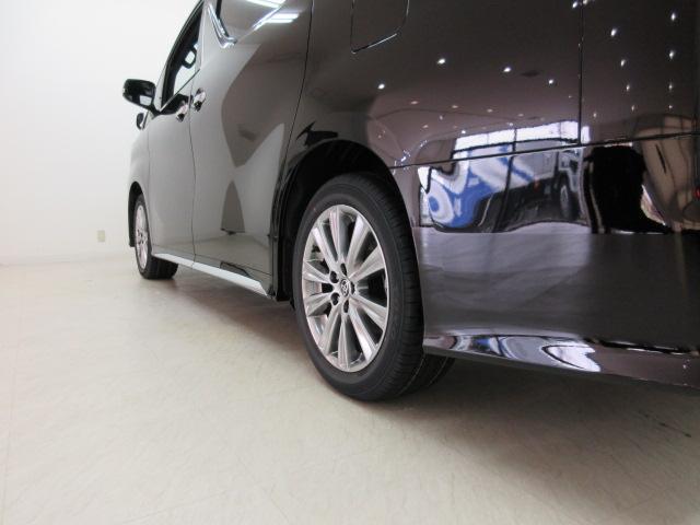 2.5S タイプゴールドII 新車 サンルーフ 3眼LEDヘッドライト シーケンシャルウィンカー ディスプレイオーディオ 両側電動スライド パワーバックドア ハーフレザーシート オットマン レーントレーシング バックカメラ(35枚目)