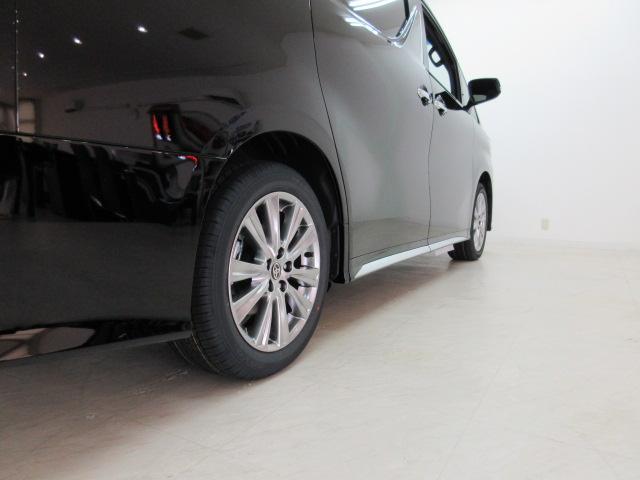 2.5S タイプゴールドII 新車 サンルーフ 3眼LEDヘッドライト シーケンシャルウィンカー ディスプレイオーディオ 両側電動スライド パワーバックドア ハーフレザーシート オットマン レーントレーシング バックカメラ(47枚目)