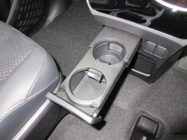 ZS 煌III 新車 7人 ハーフレザー LEDルームランプ 衝突防止安全ブレーキ インテリジェントクリアランスソナー 両側電動スライド LEDヘッドLEDフォグランプ セーフティセンス レーンディパーチャーアラート(65枚目)