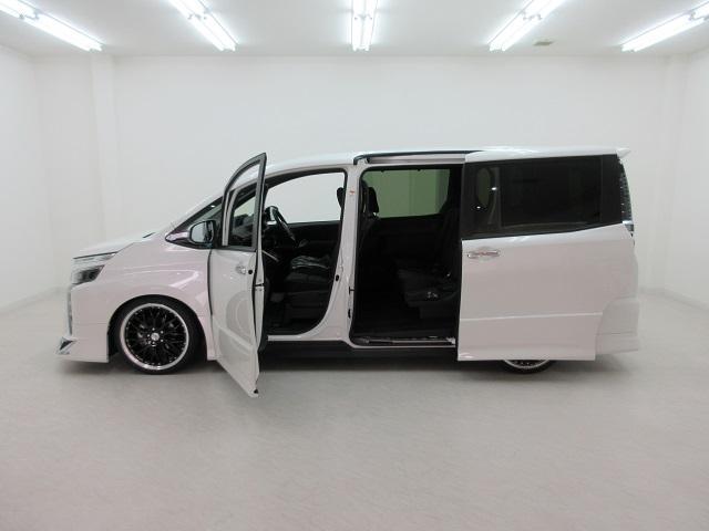 ZS 煌III 新車 7人 モデリスタエアロ TEIN車高調 19インチアルミ ハーフレザー 衝突防止ブレーキ クリアランスソナー 両側電動スライド LEDヘッドフォグ セーフティセンス レーンディパーチャー(37枚目)