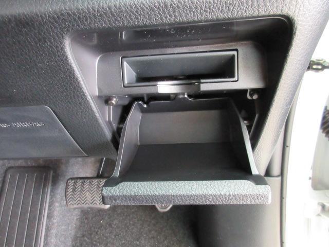 ZS 煌III 新車 7人 ハーフレザー LEDルームランプ 衝突防止安全ブレーキ インテリジェントクリアランスソナー 両側電動スライド LEDヘッドLEDフォグランプ セーフティセンス レーンディパーチャーアラート(67枚目)