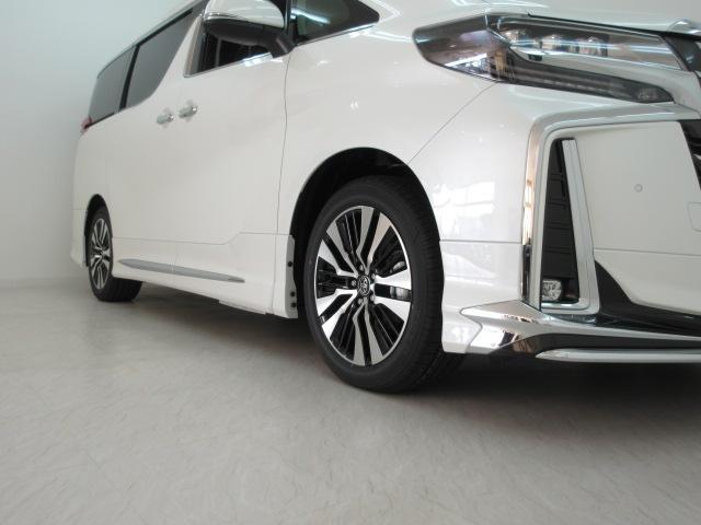 2.5S Cパッケージ 新車 モデリスタフルエアロ サンルーフ フリップダウンモニター 3眼LEDヘッドライト シーケンシャルウィンカー ディスプレイオーディオ 両側電動スライドパワーバックドア レザーシート 電動オットマン(26枚目)