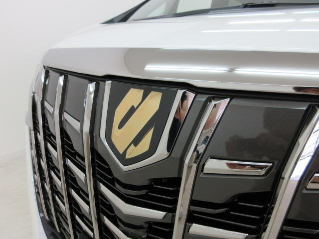 2.5S タイプゴールドII 新車 3眼LEDヘッドライトシーケンシャルウィンカー ディスプレイオーディオ 両側電動スライド パワーバックドア ハーフレザーシート オットマン レーントレーシング バックカメラ 100Vコンセント(16枚目)