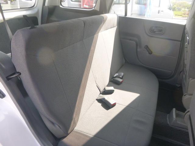 全車、内外装クリーニングをしております!!安心快適なドライブを楽しんで頂けるよう納車前法定点検を実施しお客様へご納車致します。ホームページ http://www.jobcars.jp
