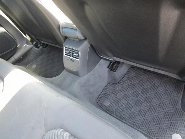 スポーツバック1.4TFSI 純正MMIナビ CarPlay オートクルーズ パークアシスト Aライト USB Bluetooth 純正AW16 ETC バックカメラ HIDヘッドライト 地デジ 衝突軽減システム 障害物センサー(40枚目)
