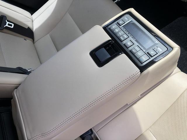 GS300h バージョンL 純正ナビ 三眼LEDヘッドライト ワンオーナー メモリー機能付パワーシート 前席シートエアコン 全席シートヒーター サンルーフ アダプティブクルーズコントロール ETC2.0 障害物センサー ドラレコ(42枚目)