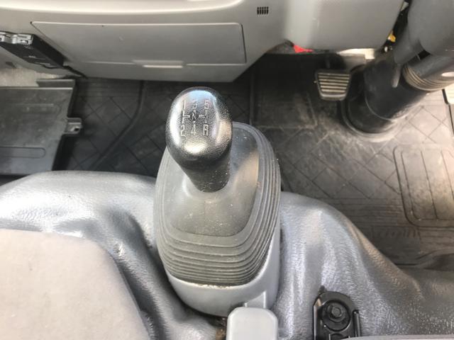 ワイドロー 1.5t積 5速MT Wタイヤ 修復歴なし(15枚目)