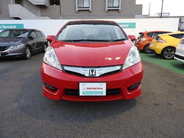 Honda中古車商品化整備基準に基づいた点検整備をいたします。 エンジン・足回り・エアコンその他装備類を点検整備。整備費用は本体価格に含んでおります。
