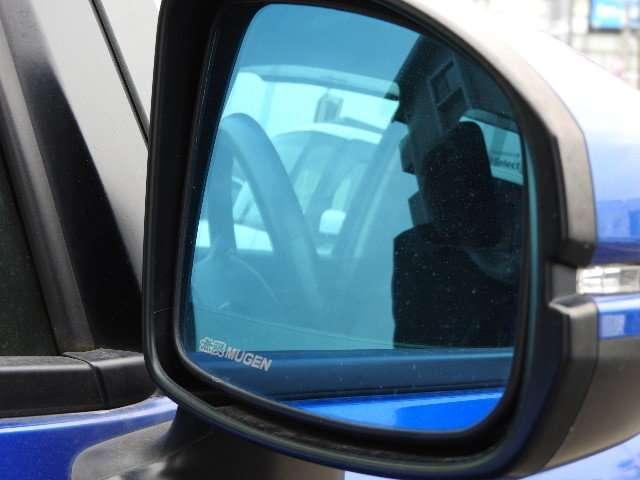 13G・Fパッケージ ワンオーナー MT車 インターナビ フルセグTV DVD再生 バックカメラ LEDヘッドライト(17枚目)