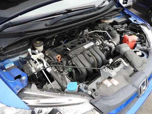 13G・Fパッケージ ワンオーナー MT車 インターナビ フルセグTV DVD再生 バックカメラ LEDヘッドライト(20枚目)