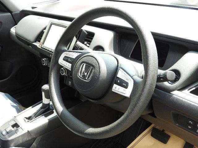 ホーム HondaSENSING デモカー 禁煙車 障害物センサー クルーズコントロール 8インチインターナビ DVD再生 フルセグTV バックカメラ ドライブレコーダー ETC LEDヘッドライト(13枚目)