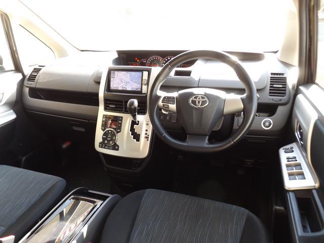 トヨタ ヴォクシー ZS 煌 後期 ナビTV エアロ 両側電動 スマートキー