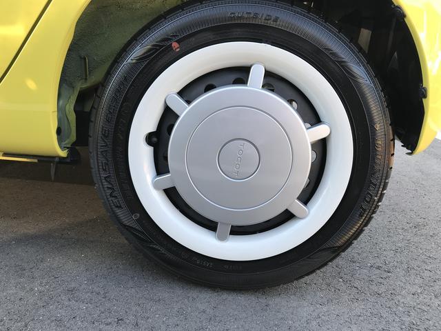 左リヤのタイヤです!おクルマのオシャレは足元からですね。