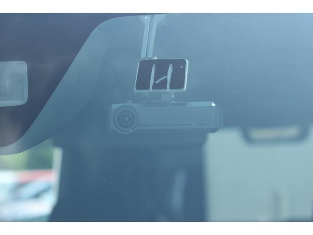 GターボSAIII 4WD フルセグナビ バックカメラ 衝突被害軽減ブレーキ 4WD ターボ フルセグナビ Bluetooth対応 DVD再生 バックカメラ ステアリングスイッチ 両側パワースライドドア シートヒーター LEDヘッドライト エコアイドル(16枚目)