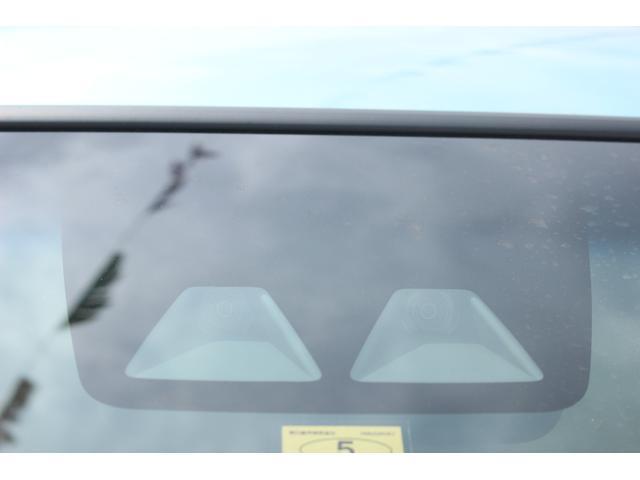 L SA3 CDデッキ キーレスエントリー エコアイドル 衝突被害軽減ブレーキ キーレスエントリー CDデッキ 誤発進抑制制御機能 車線逸脱機能 オートハイビーム エコアイドル 電動格納ドアミラー 盗難防止機能 アップグレードパック ベンチシート エアコン(16枚目)