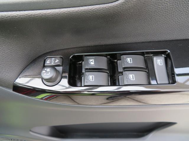 スポーツSAII ターボ車 LEDヘッドライト 地デジナビ バックカメラ キーフリー スマアシ(73枚目)