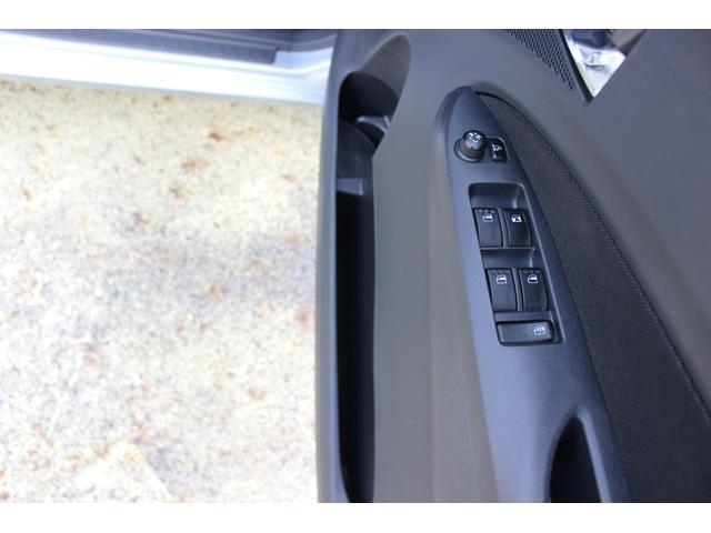 カスタムR 4WD スマートキー HIDライト(27枚目)